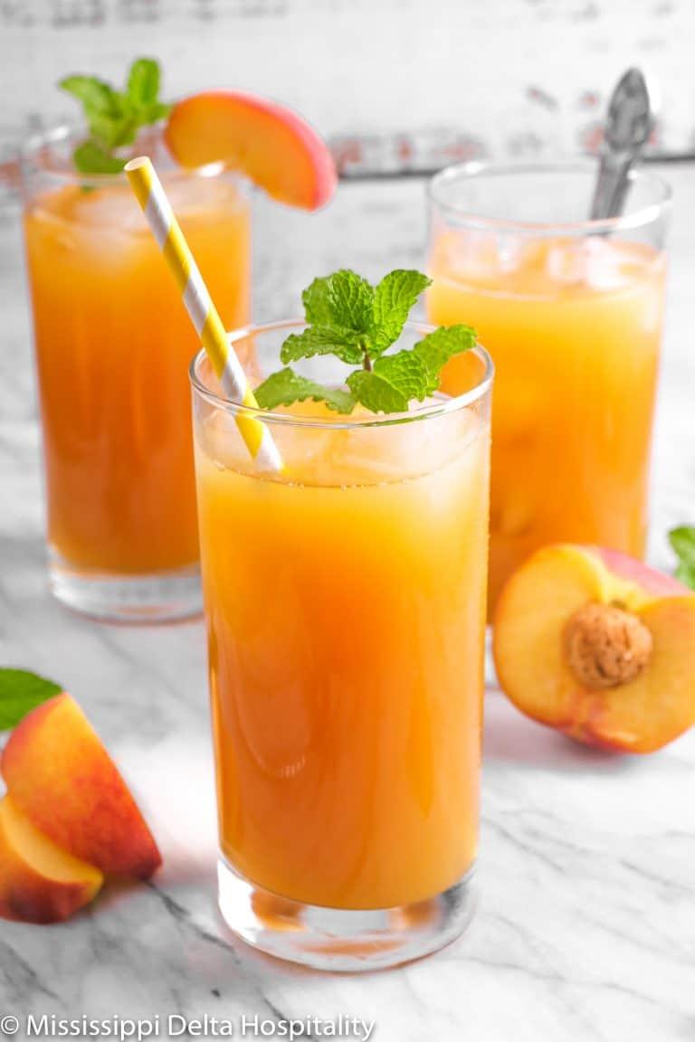 Simple Peach Iced Tea