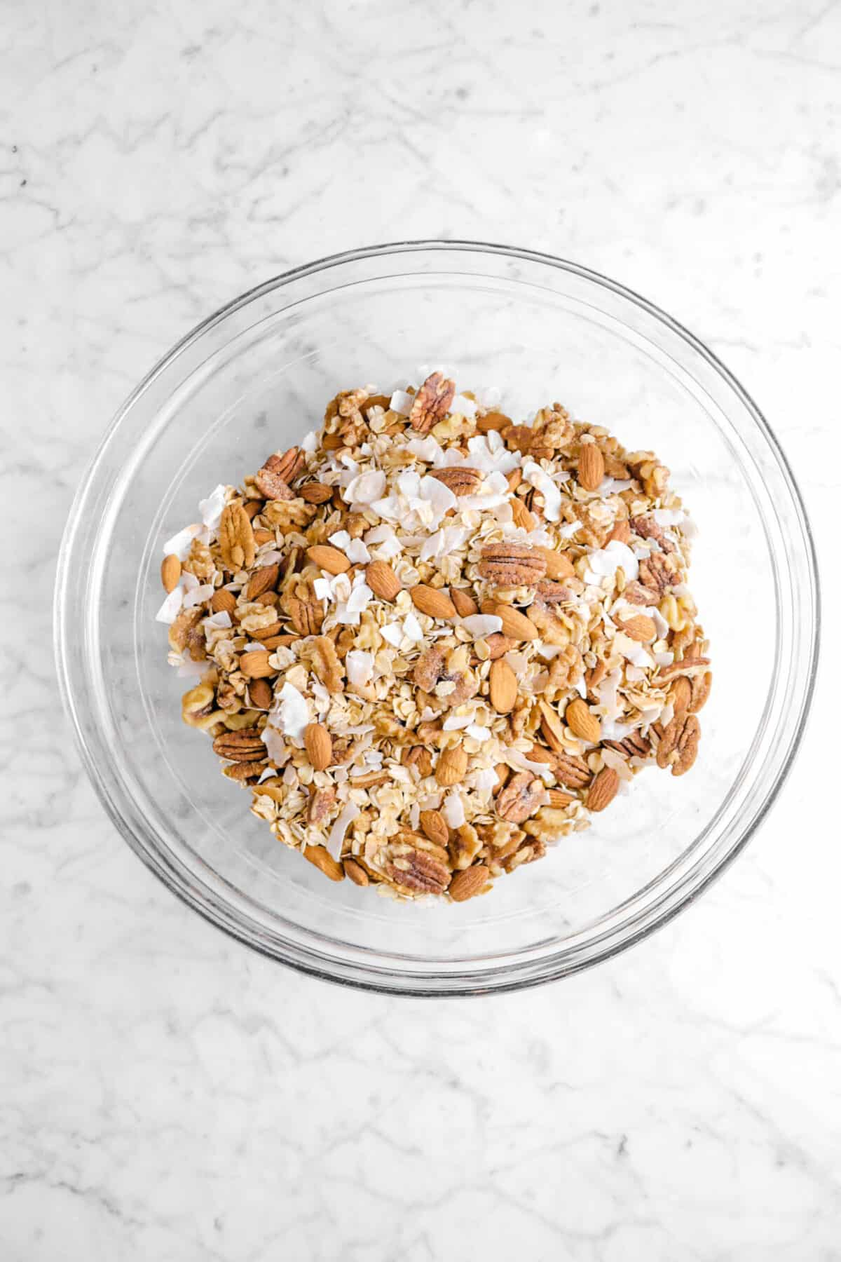 nut mixture in glass bowl