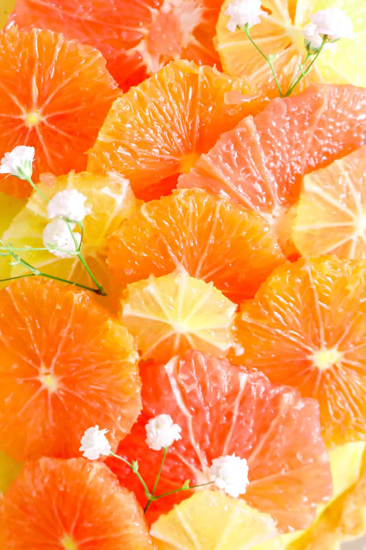 citrus slices with flowers