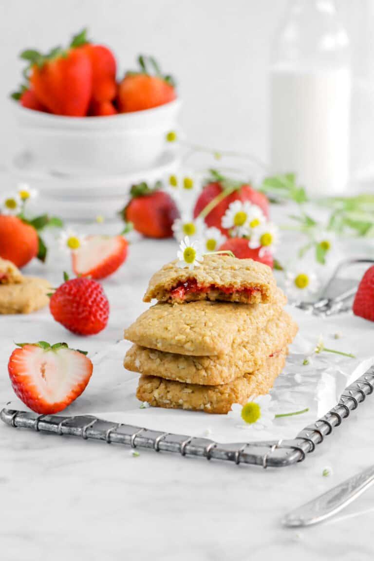 Homemade Strawberry Nutri-Grain Bars