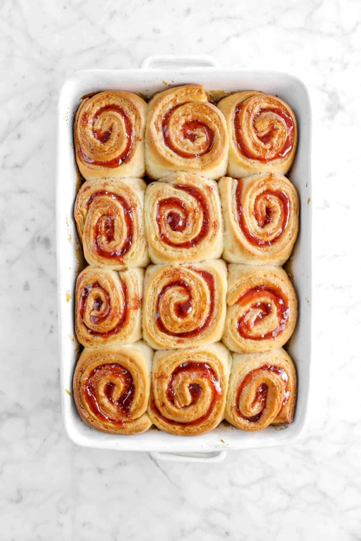 baked strawberry rolls in pan