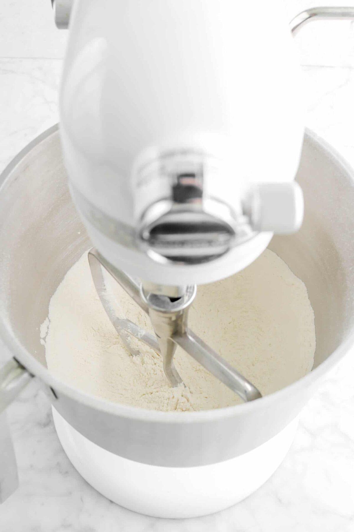 flour and sugar mixed