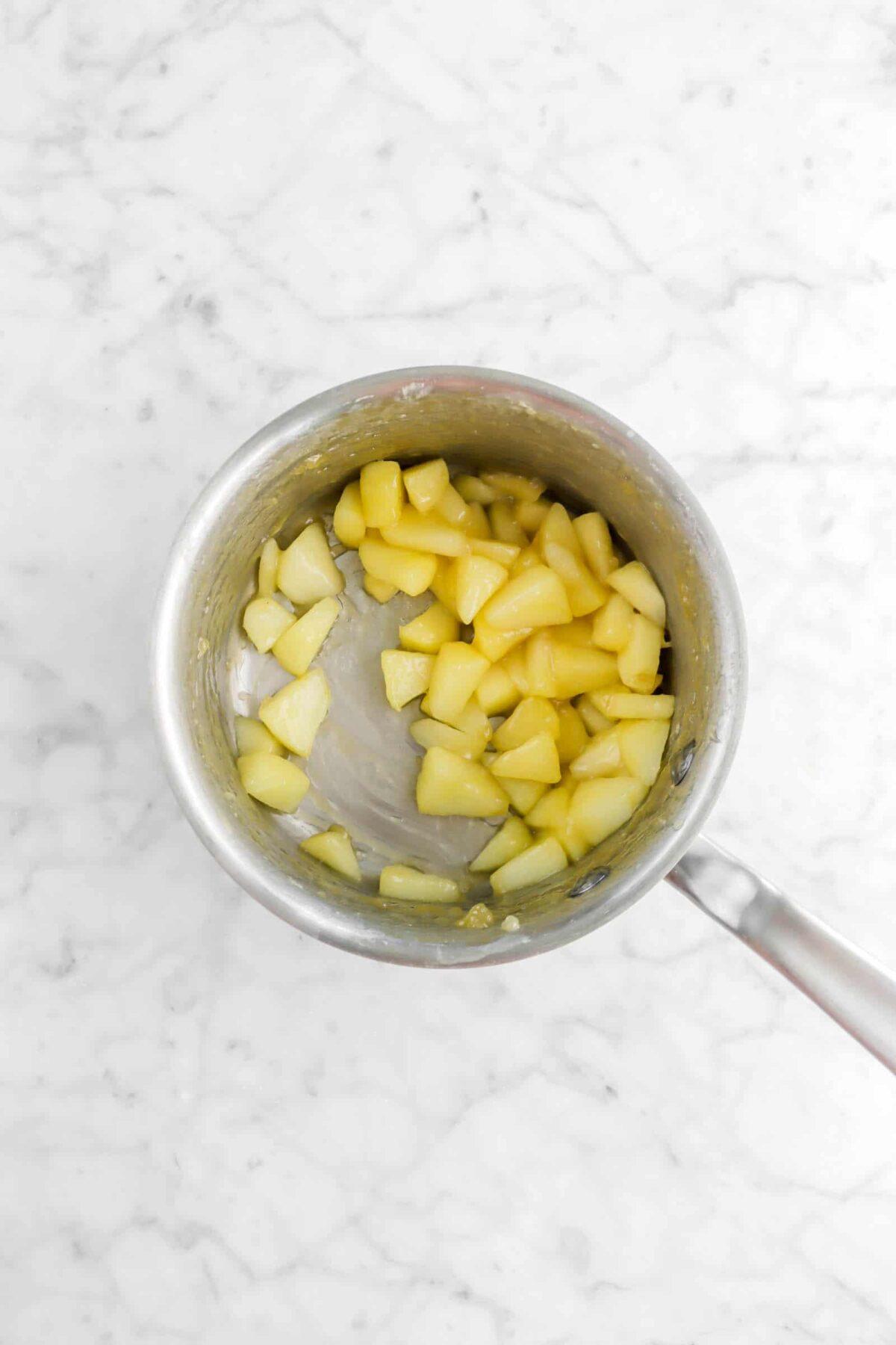 Sautéed apples in small pot